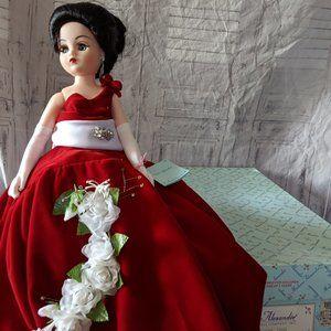 Vintage Madame Alexander Rose Splendor 22680 Porce